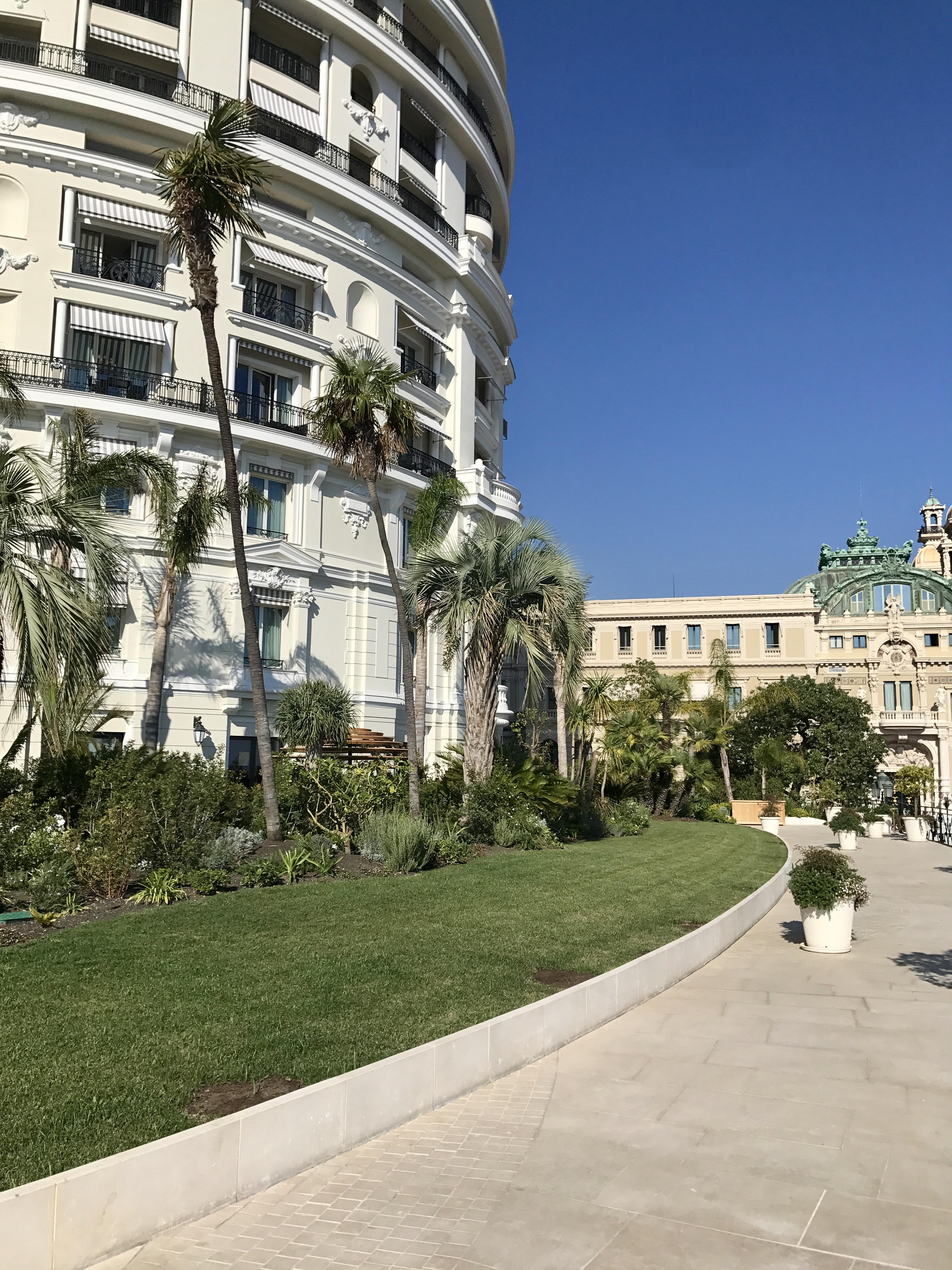 HOTEL DE PARIS - MONACO - Création de la Roseraie + Terrasse - Mars à Mai 2017