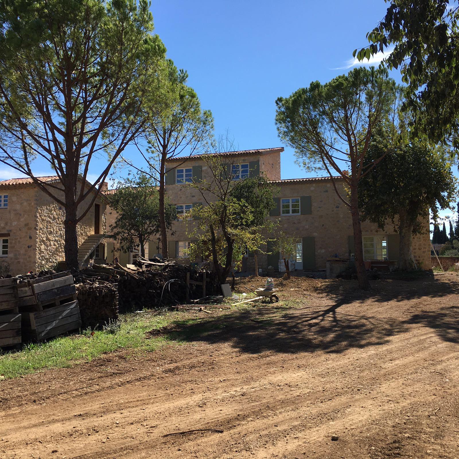 DOMAINE DE LA CHAPELLE - LORGUES - Rénovation d'une ancienne bastide - Construction d'une maison, d'un pool house et d'une piscine - 2015 - mai 2017
