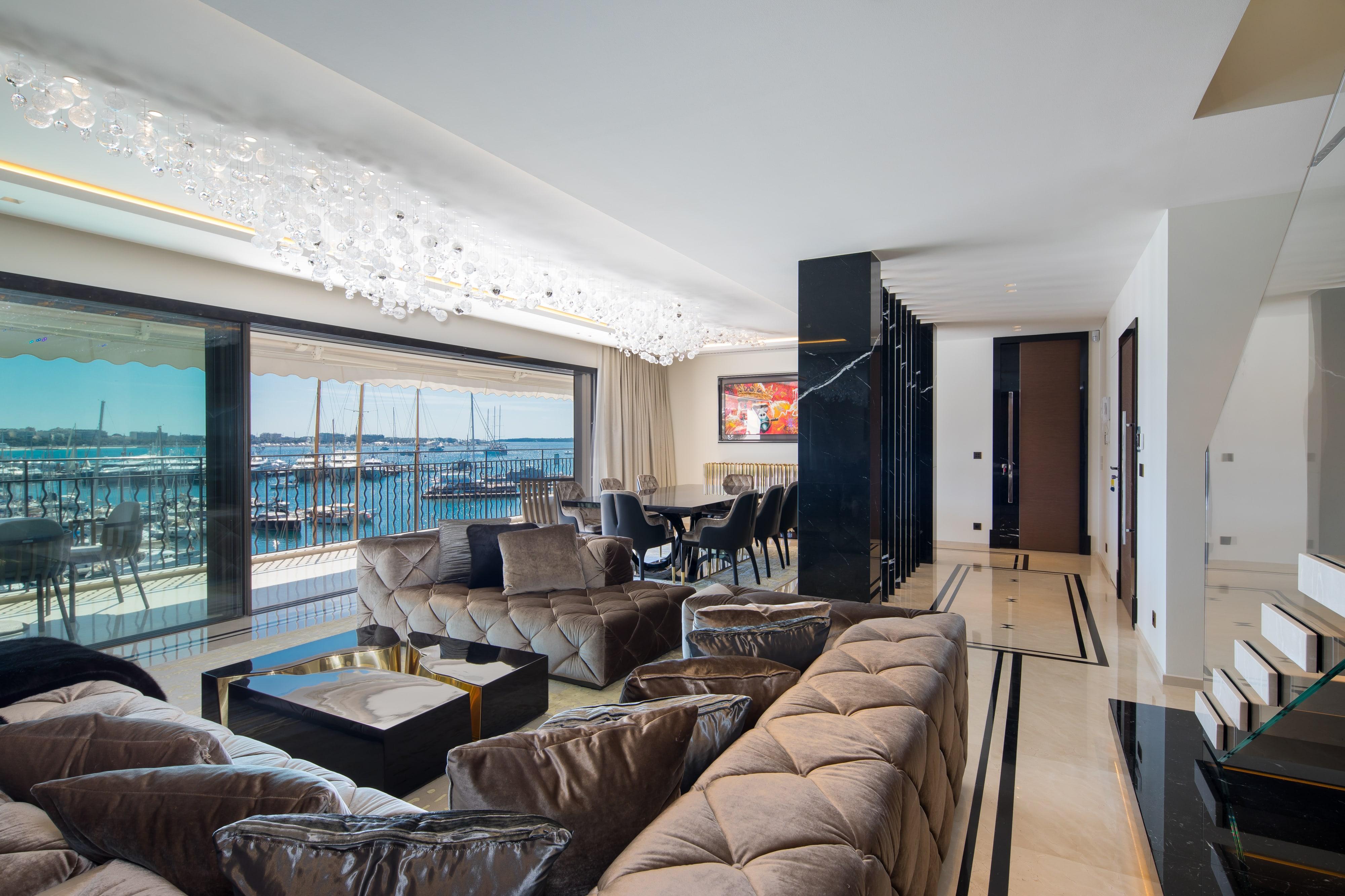 Quai St Pierre – Cannes09