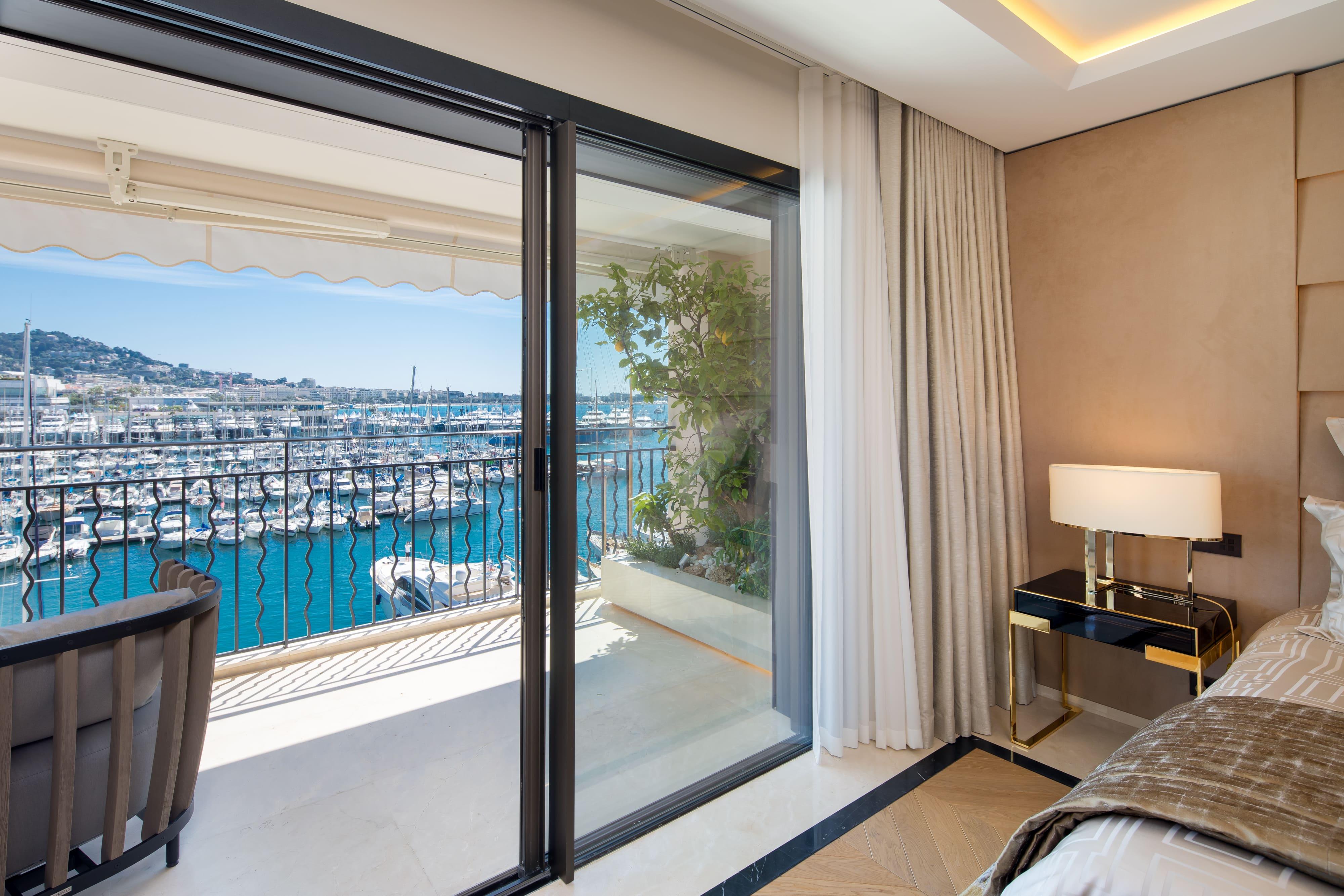 Quai St Pierre – Cannes13