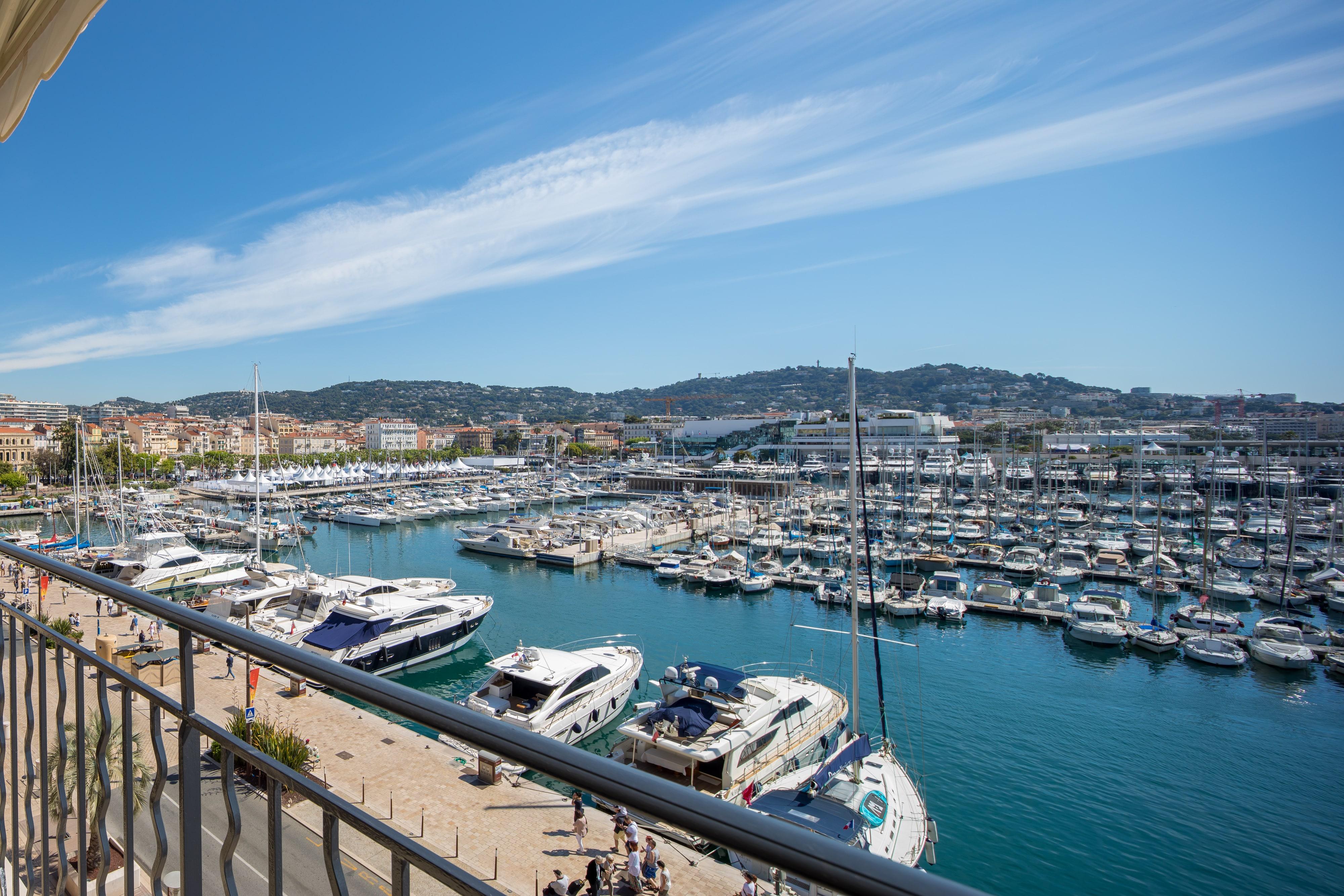 Quai St Pierre – Cannes2